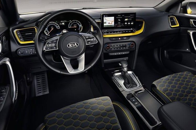 kia Xceed Hatchback 1.5t gdi isg 4 5dr dct - 4