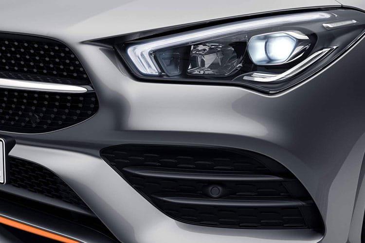 Mercedes cla Shooting Brake cla 180 amg Line Premium 5dr tip Auto - 26