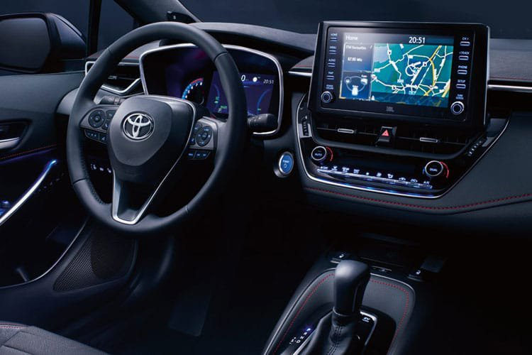 Toyota Corolla Touring Sport 2.0 vvt i Hybrid Icon Tech 5dr cvt - 31