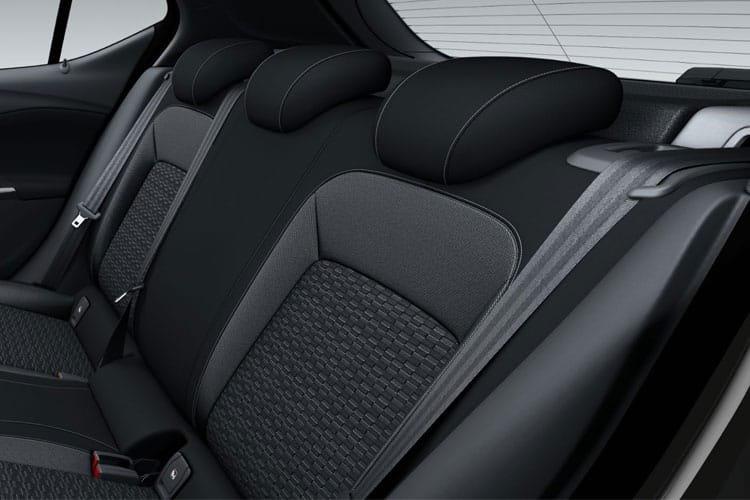 Vauxhall Astra Diesel Hatchback 1.5 Turbo d se 5dr - 29