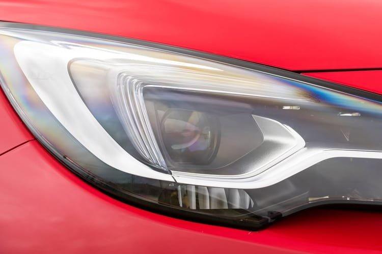 Vauxhall Astra Diesel Hatchback 1.5 Turbo d se 5dr - 28