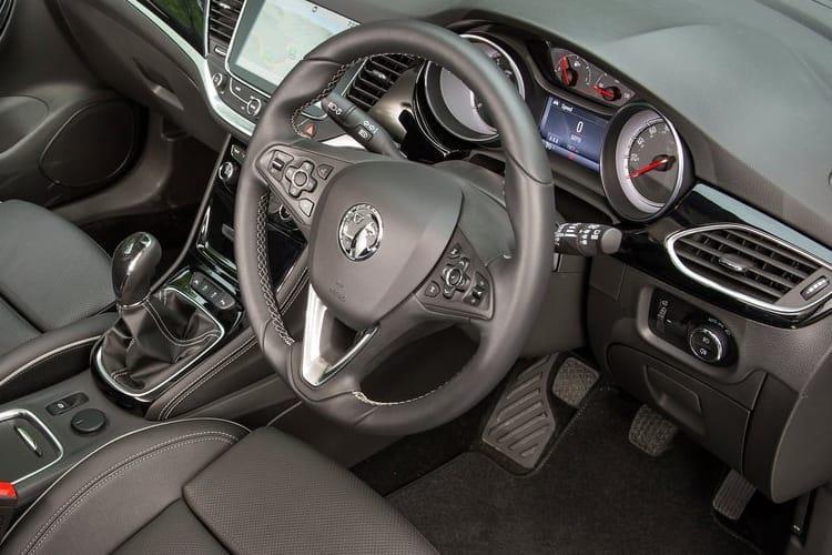 Vauxhall Astra Diesel Hatchback 1.5 Turbo d se 5dr - 36
