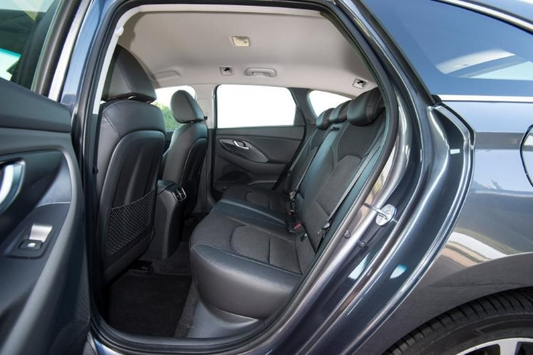Hyundai i30 Diesel Tourer 1.6 Crdi [115] se 5dr - 12