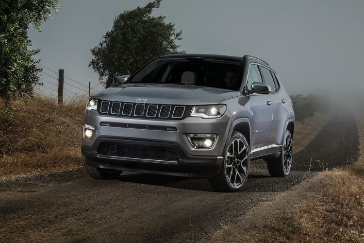 Jeep Compass sw Special Editions 1.6 Multijet 120 Night Eagle 5dr [2wd] - 32