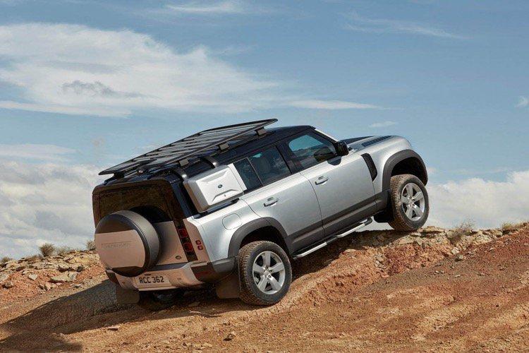 Land Rover Defender Diesel Estate 2.0 D240 S 110 5dr Auto [7 Seat] - 1