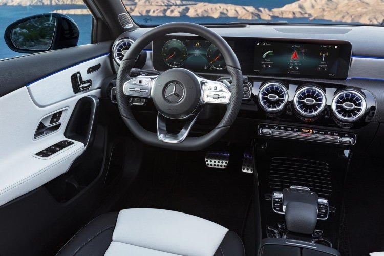Mercedes a Class Hatchback a200 Sport 5dr Auto - 32