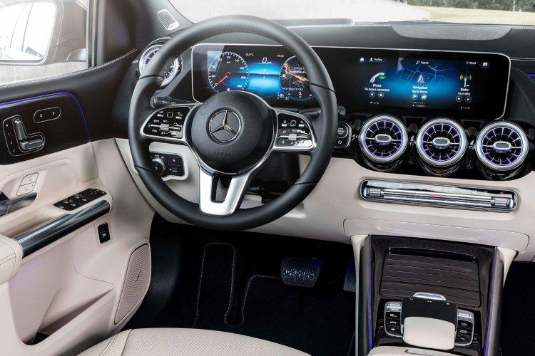 Mercedes b Class Hatchback b200 Sport 5dr Auto - 40