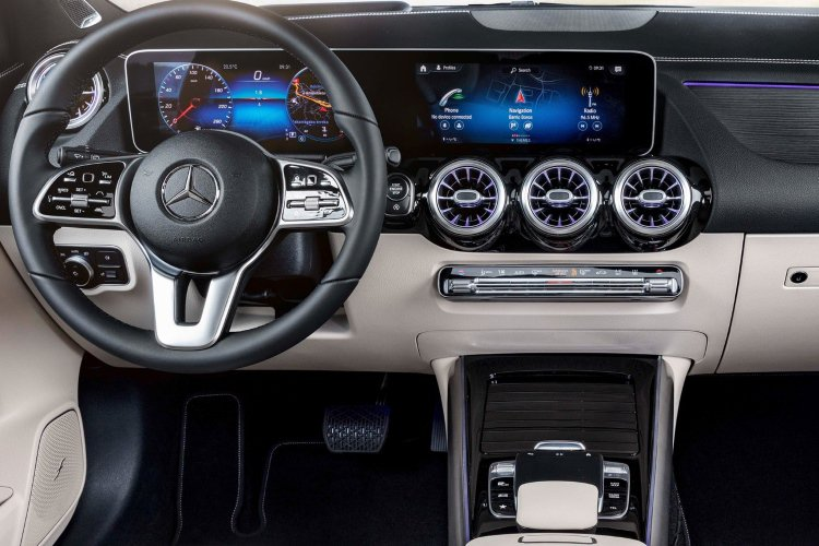 Mercedes b Class Hatchback b200 Sport Executive 5dr Auto - 41