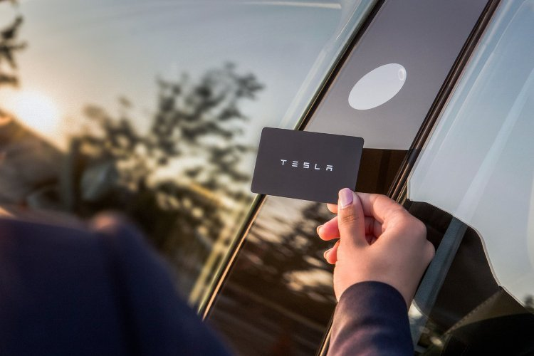 Tesla Model 3 Saloon Standard Plus 4dr Auto - 36