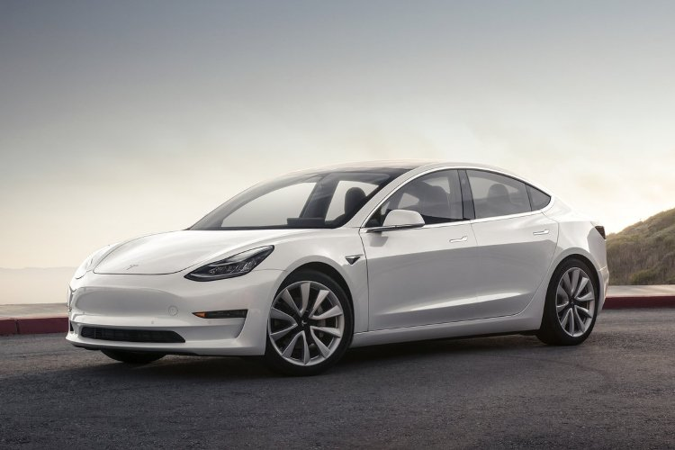 Tesla Model 3 Saloon Standard Plus 4dr Auto - 33