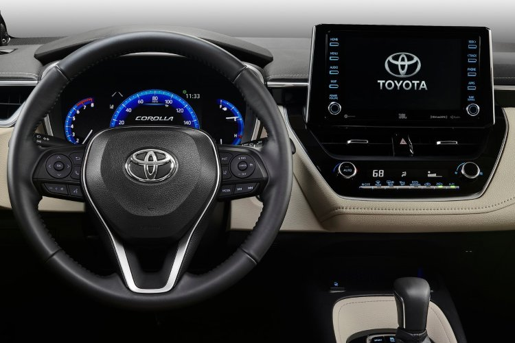 Toyota Corolla Saloon 1.8 vvt i Hybrid Icon 4dr cvt - 36