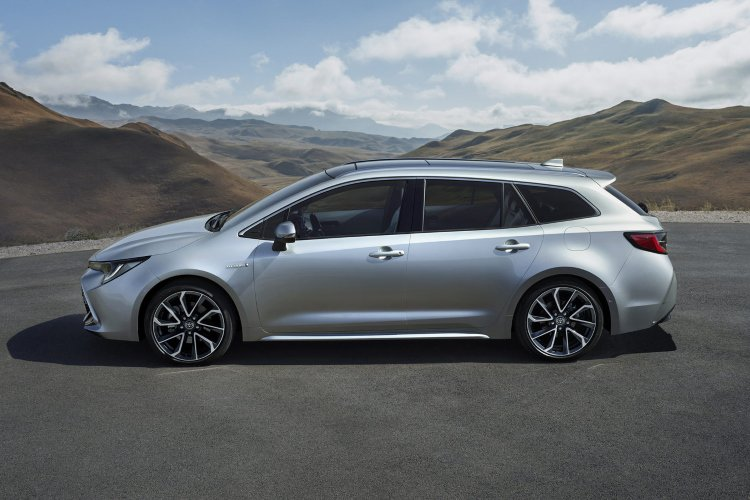 Toyota Corolla Touring Sport 1.8 vvt i Hybrid Excel 5dr cvt - 38