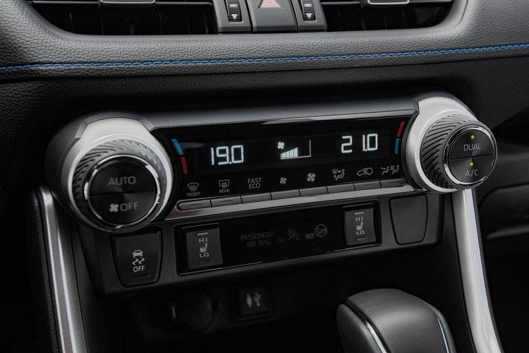 Toyota rav4 Estate 2.5 vvt i Hybrid Design 5dr cvt 2wd - 41